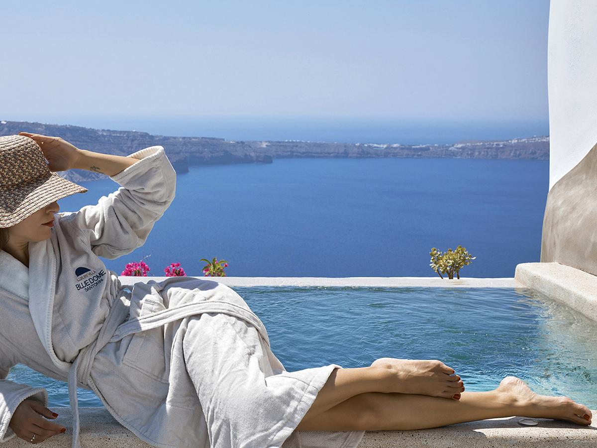 O9 TAD 4-3 2560 blue dome luxury villa_100A0338